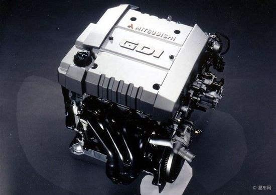 发动机燃油供给系统的组成和工作原理