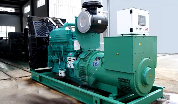 300KW康明斯柴油发电机组价格型号