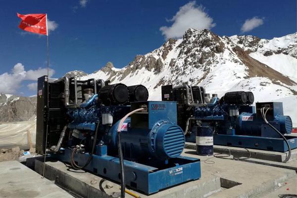 西藏那曲市矿山两台1000KW潍柴发电机组项目