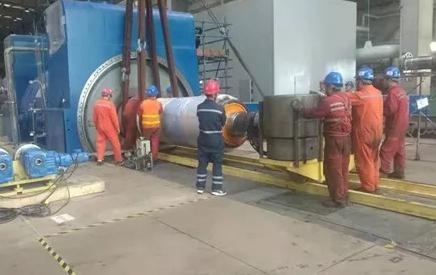 华业电力完成浙能阿克苏电厂2号机组检修发电机转子回穿工作