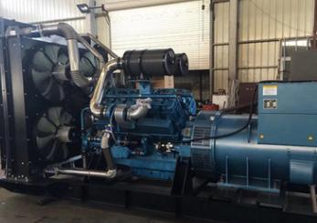 新疆汇和银行800KW奔驰柴油发电机组交付使用
