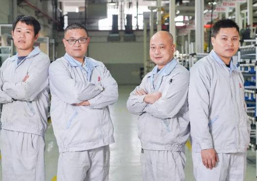 """冲锋在风雪第一线 │ 2019年上柴公司""""十佳好事""""之一"""